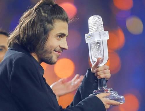 Salvador Sobral gagne l'eurovision 2017