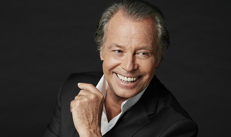 michel leeb fête ses 40 ans de carrière sur crooner radio