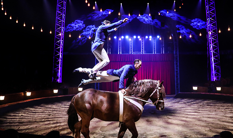 Les Folies Gruss nouveau spectacle Cirque Compagnie Gruss